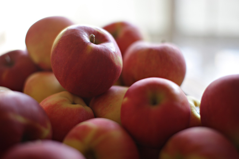 https://unionmarket.ca/wp-content/uploads/2018/10/apples1.jpg